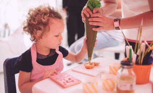 Initier ses enfants à la pâtisserie